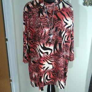 Susan Graver blouse LX
